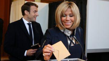 PHOTOS – Brigitte Macron: la nouvelle première dame n'hésite pas à recycler ses vêtements comme Kate Middleton
