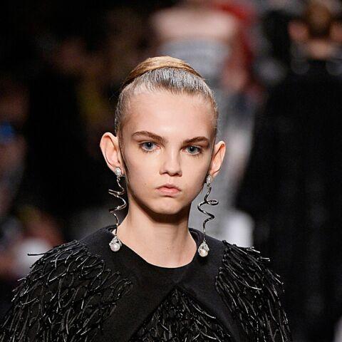 Fashion Week: Les boucles d'oreilles Balenciaga