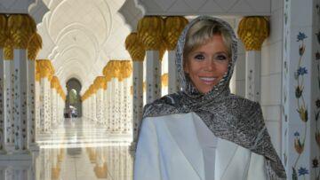 PHOTOS – Brigitte Macron très chic, voilée et pieds-nus à la mosquée d'Abu Dhabi