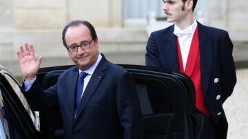 François Hollande, pas submergé par les demandes de conférences, préfère en rire