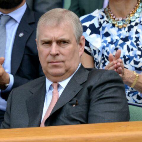 Le prince Andrew accusé d'agression sexuelle, Buckingham «nie catégoriquement»