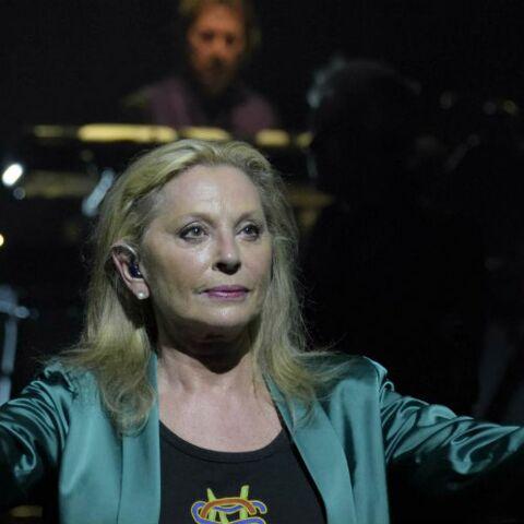 Audio – Véronique Sanson «Et je l'appelle encore», sa chanson hommage à sa mère décédée