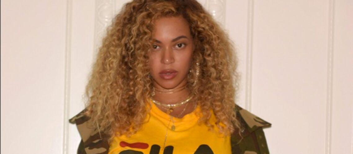PHOTOS – Beyoncé: en crop top et short lacéré, Beyoncé affiche sa silhouette sculpturale après la naissance de ses jumeaux