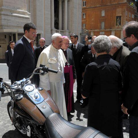 Le pape François, sa Harley Davidson vendue 241 500 euros