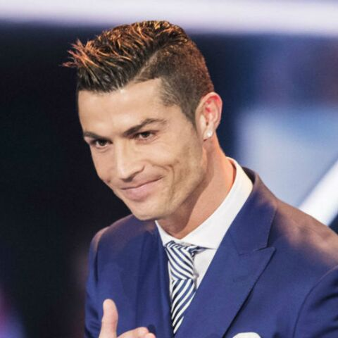 Cristiano Ronaldo: premier tapis rouge avec sa nouvelle compagne Georgina et son fils