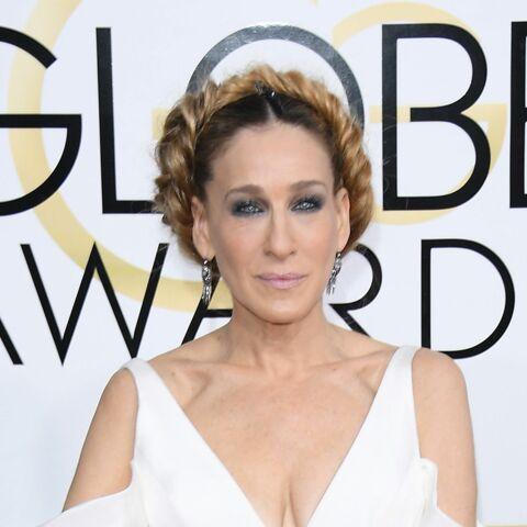 PHOTOS – Sarah Jessica Parker rend hommage à Carrie Fisher avec sa tresse aux Golden Globes