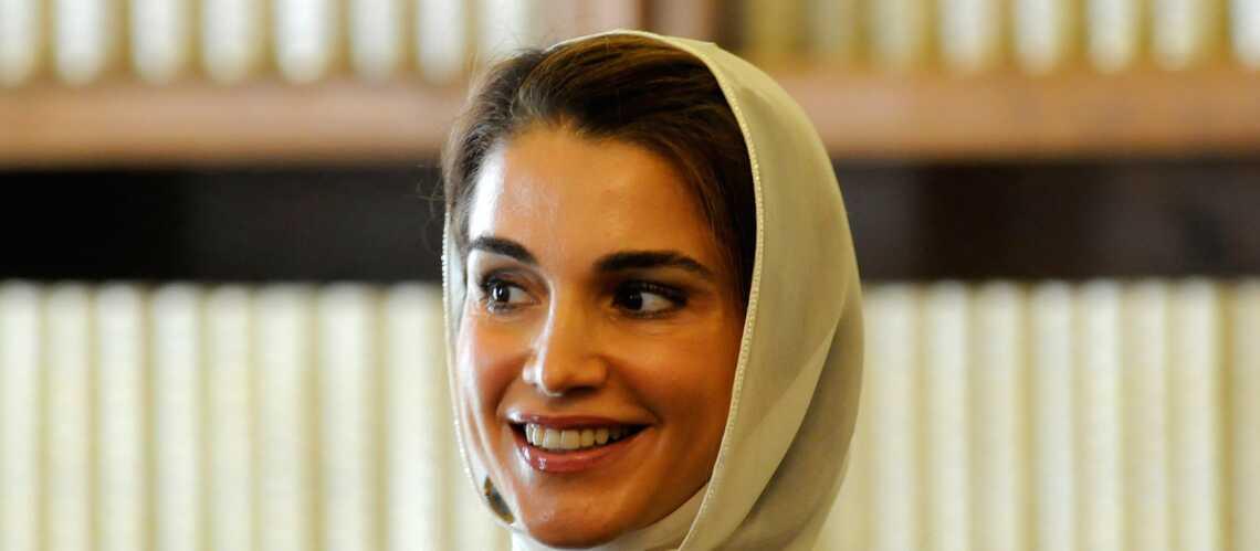 Rania de Jordanie ouvre ses portes à des orphelins