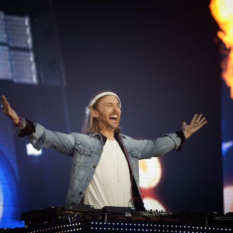 Photos – David Guetta met le feu pour l'Euro 2016