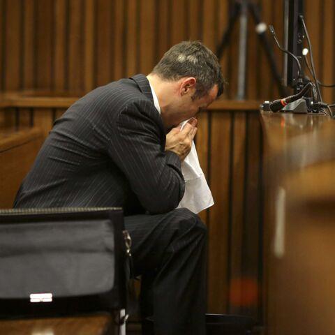 Oscar Pistorius pris de vomissements en plein procès