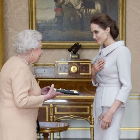 Angelina Jolie et Elizabeth II, rencontre royale