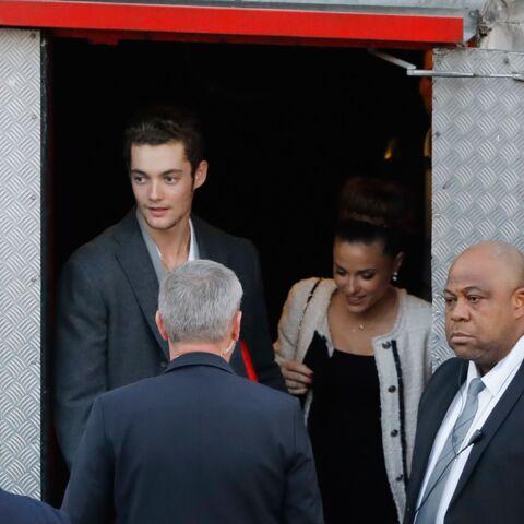 PHOTOS – Capucine Anav accompagne Louis Sarkozy au meeting de Nicolas Sarkozy