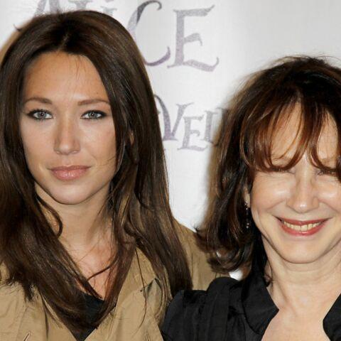 Comment Laura Smet et sa mère Nathalie Baye se sont «rapprochées»