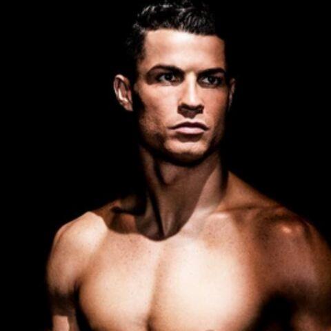 Photos: Cristiano Ronaldo ultra hot dans sa nouvelle campagne de pub