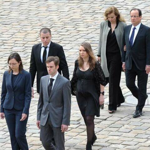 Photos- Hommage de la Nation à Pierre Mauroy dans la cour d'Honneur des Invalides, le 11 juin