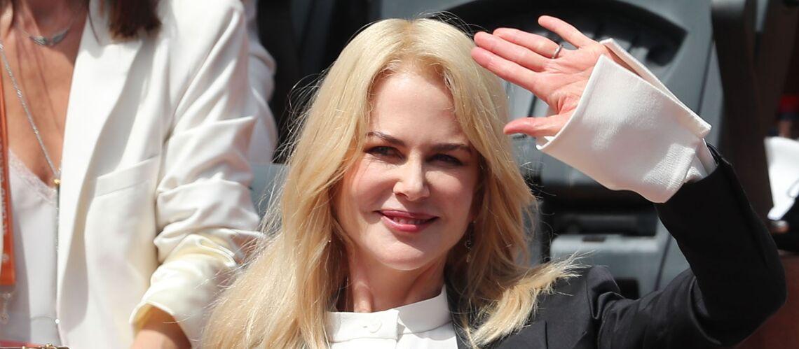 PHOTOS – Nicole Kidman radieuse à Roland-Garros, l'actrice a présenté le trophée