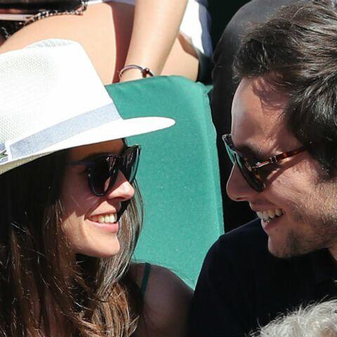 PHOTOS – Roland Garros: Vianney très complice avec sa chérie Catherine