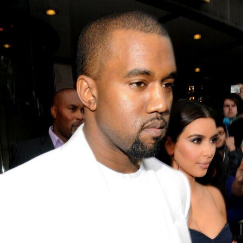 Kanye West: un poteau en pleine tête