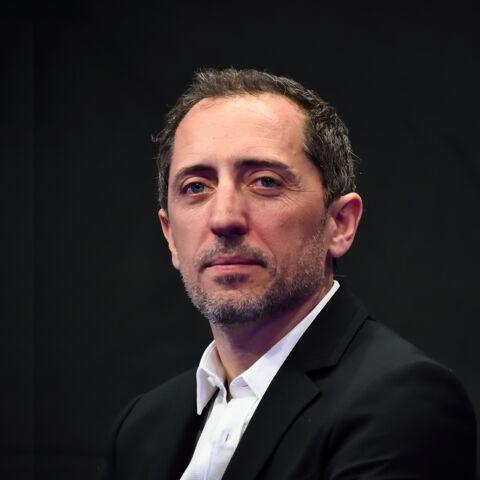Gad Elmaleh: Être sur scène «soigne sa timidité avec les femmes»