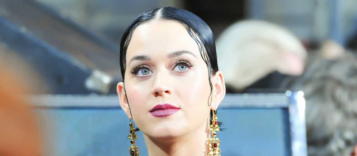 Shopping beauté de star – Une bouche dark comme Katy Perry