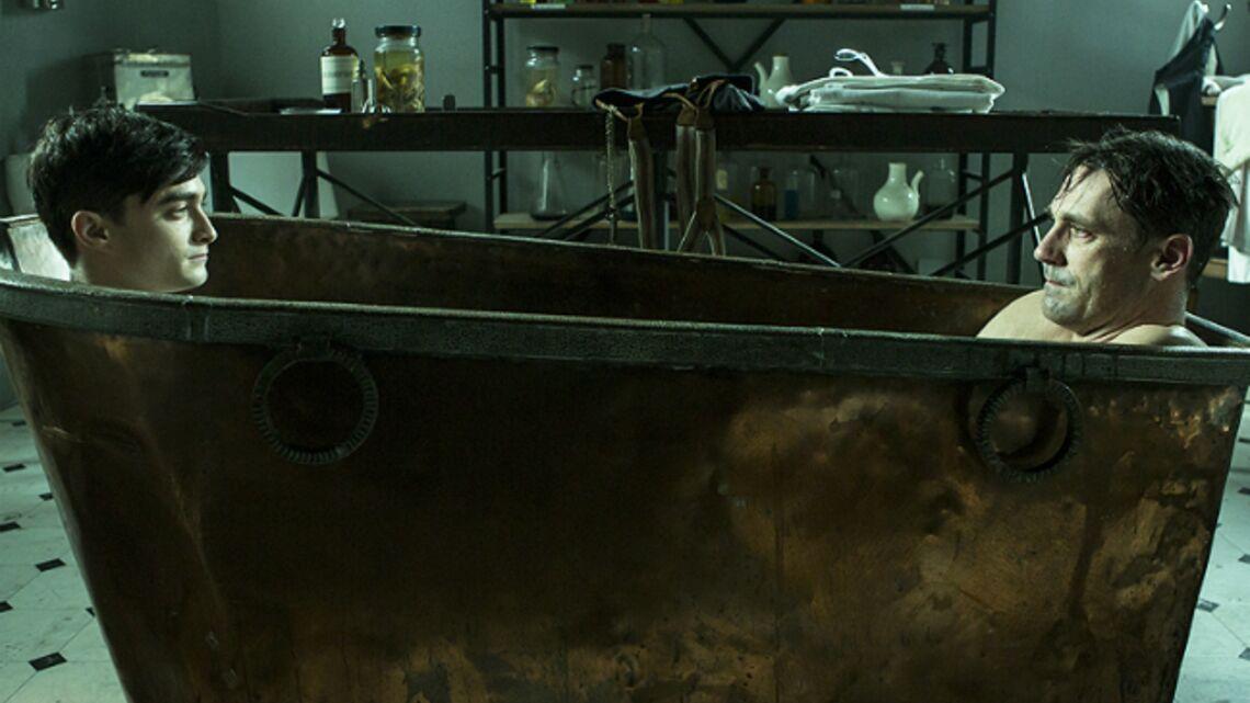 Vidéo- Harry Potter dans le bain avec Don Draper