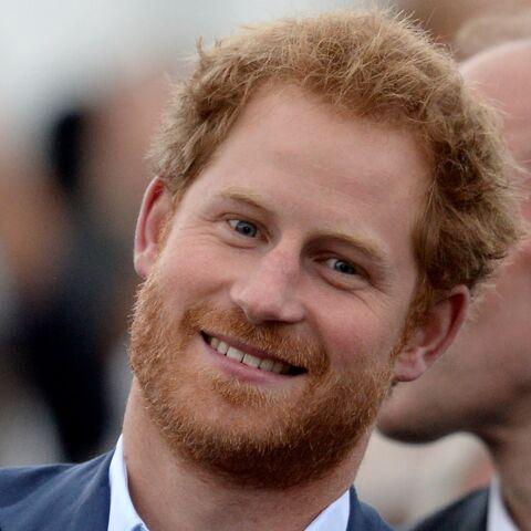 PHOTOS – Le Prince Harry rejoint par sa petite amie Meghan Markle à Kensington Palace
