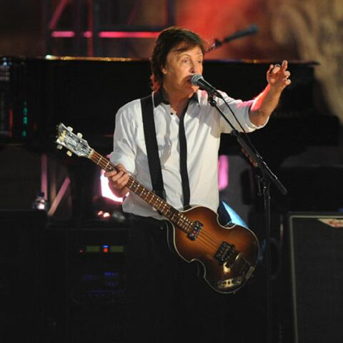 Paul McCartney chanteur de rue