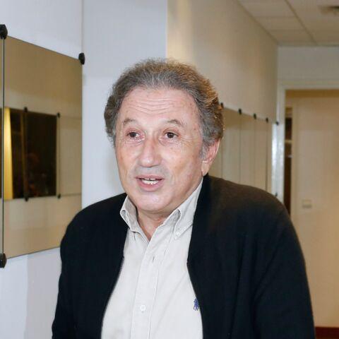 Michel Drucker traite un journaliste de «gros con»
