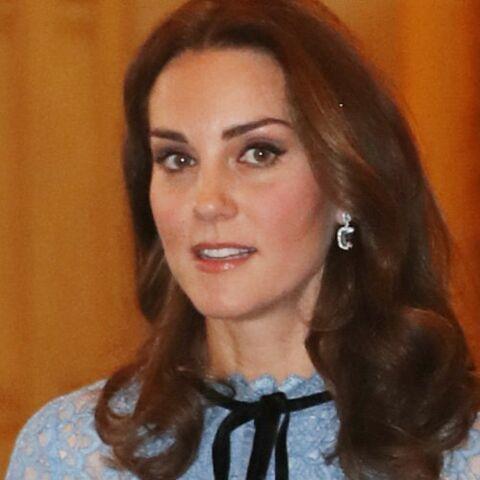 PHOTOS – Kate Middleton enceinte: pourquoi la presse anglaise spécule sur le sexe du bébé après sa première apparition publique