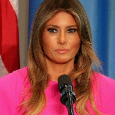 PHOTOS – Melania Trump: depuis son arrivée à la Maison Blanche, elle ne cesse de susciter la polémique autour de ses tenues