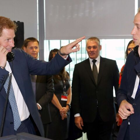 Photos- Les princes William et Harry: « Non mais allô quoi! »