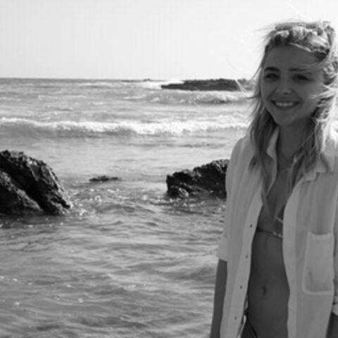 Chloë Moretz et Brooklyn Beckham: l'amour à la plage
