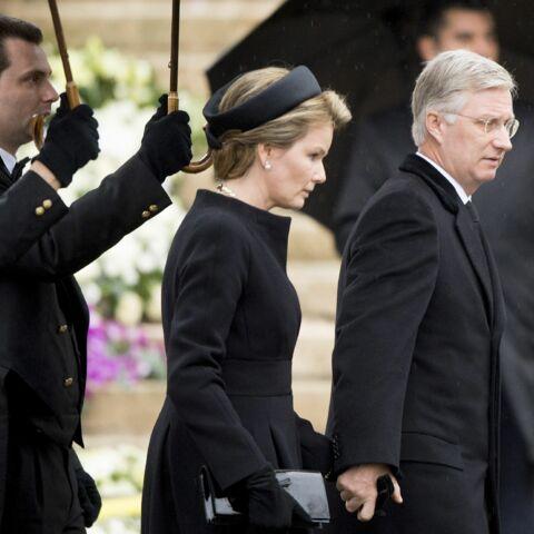Mathilde et Philippe disent adieu à la reine Fabiola