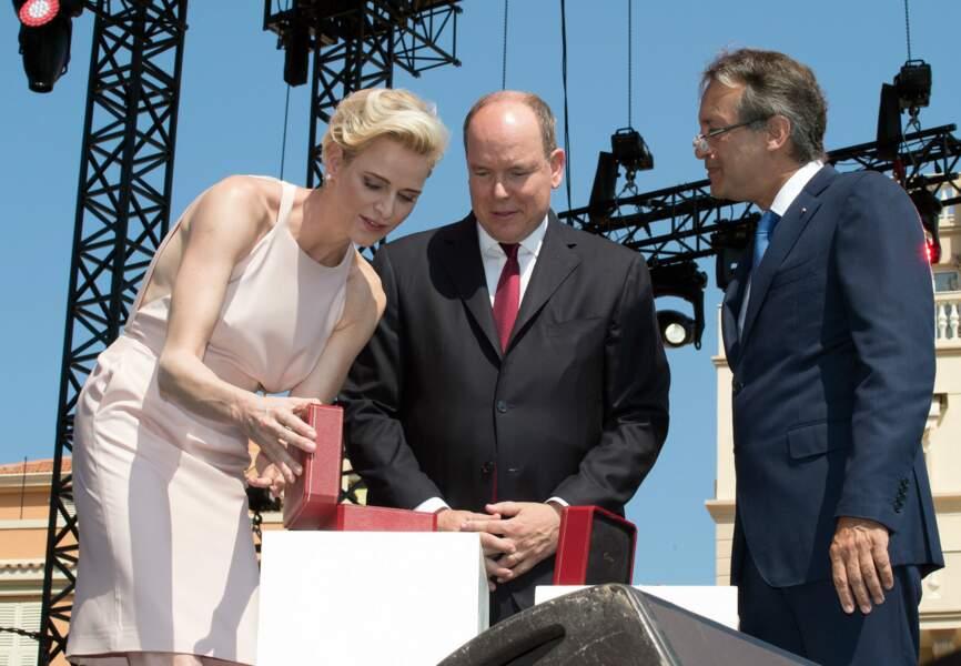 Charlène et Albert de Monaco ont reçu deux écrins emblématiques de la Maison Cartier, à leur remettre