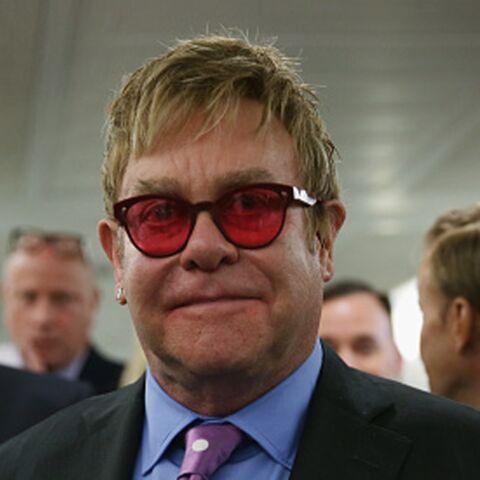 Elton John, rejeté par son père homophobe