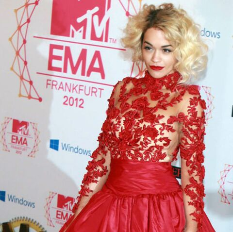 Rita Ora pique un rôle à Rihanna