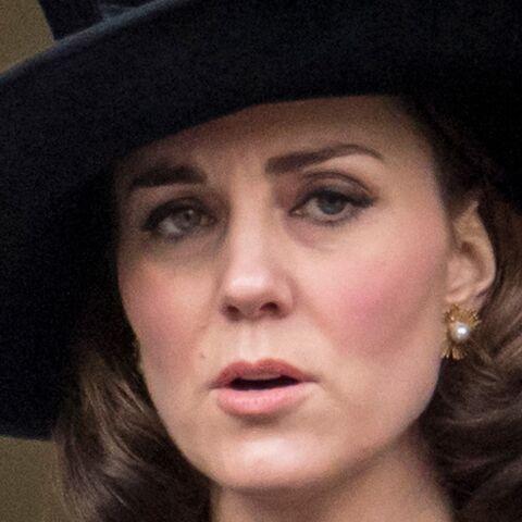 commander en ligne magasiner pour le luxe meilleur fournisseur PHOTOS – Kate Middleton cache son baby bump et affiche un ...