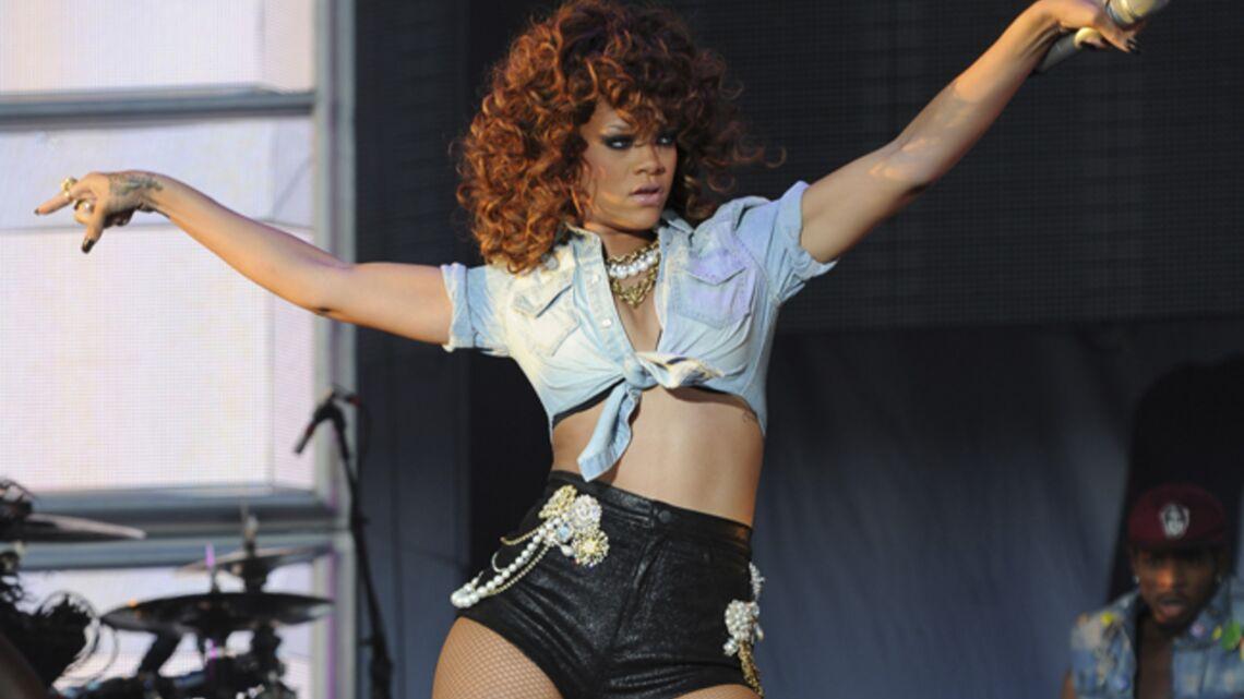 Vidéo: Rihanna rend dingues ses fans parisiens