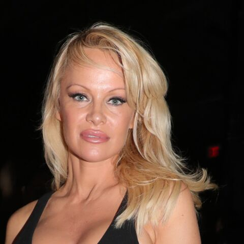 Pamela Anderson sort de sa réserve pour la New York Fashion Week