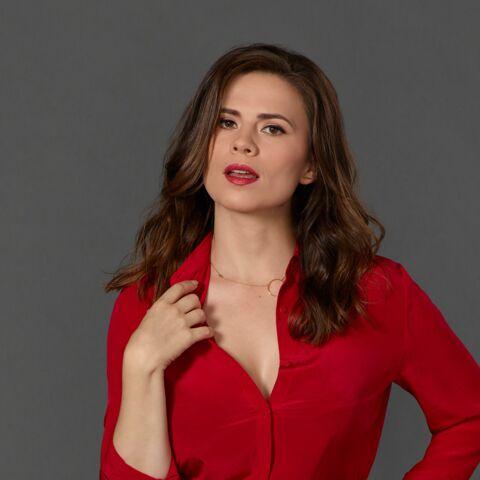 PHOTOS-  Conviction sur TF1 – Hayley Atwell: «mes seins sont un grand cadeau»
