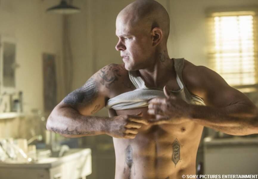 Max, chauve et bodybuildé dans Elysium de Neil Blomkamp