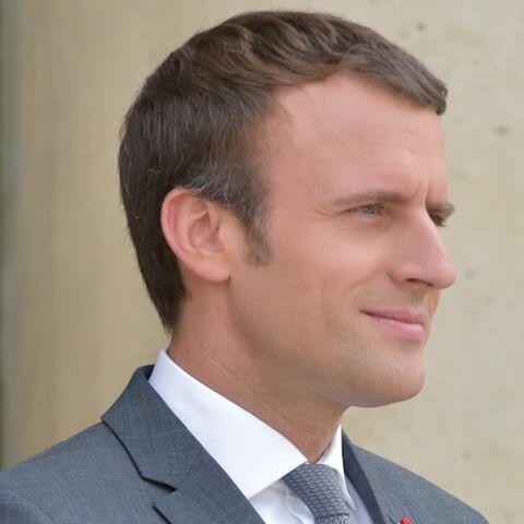 En vacances à Marseille, Emmanuel Macron est aperçu portant un maillot de l'OM
