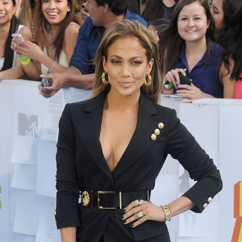 Jennifer Lopez, Scarlett Johansson, Shailene Woodley… aux MTV Movie Awards