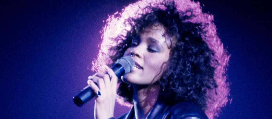Photos – Whitney Houston: étoile mode des eighties