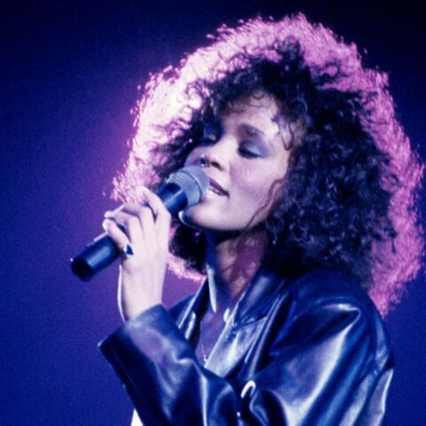 Photos – Whitney Houston: étoile mode des eighties