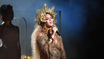 PHOTOS – Beyoncé: son étonnant rouge à lèvres à 16 euros aux Grammys