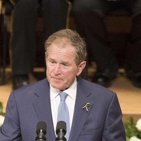 George W.Bush se livre à une danse très gênante