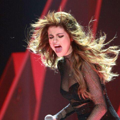 Video – Selena en larmes sur scène après la mort de Christina Grimmie
