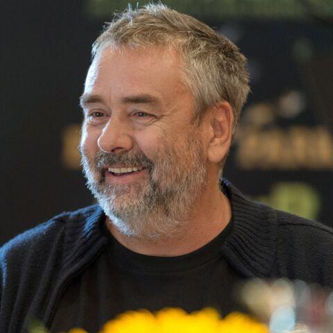 Luc Besson débarque en force sur Twitter