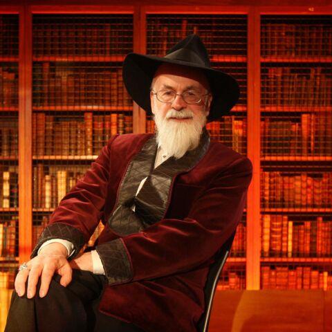 Dans quel univers parallèle repose Terry Pratchett?