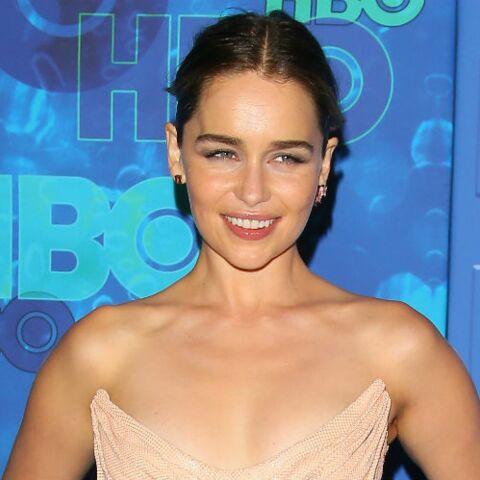 Emilia Clarke devient l'égérie parfums Dolce & Gabbana
